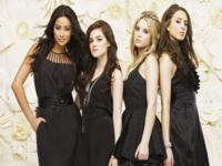 Pretty Little Liars wallpaper 10